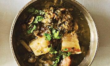 Baanhgajor Lagot Gahori (Pork Belly with Fermented Bamboo)