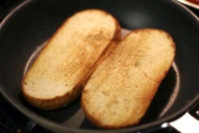 Toasting bread rolls
