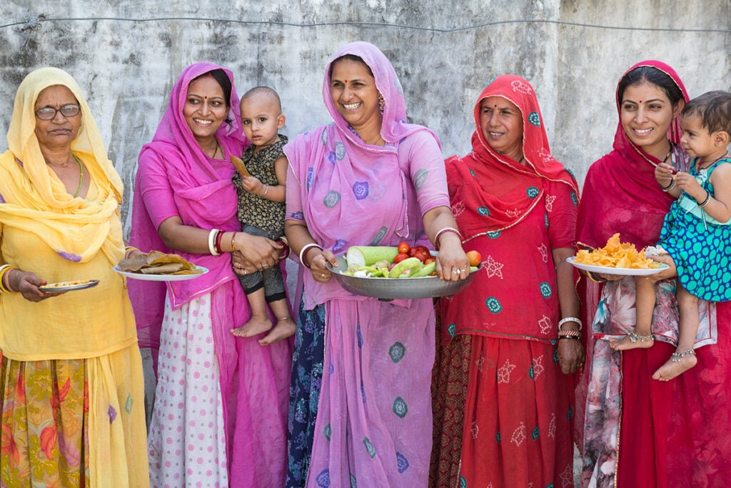 north-india-sherbagh-family