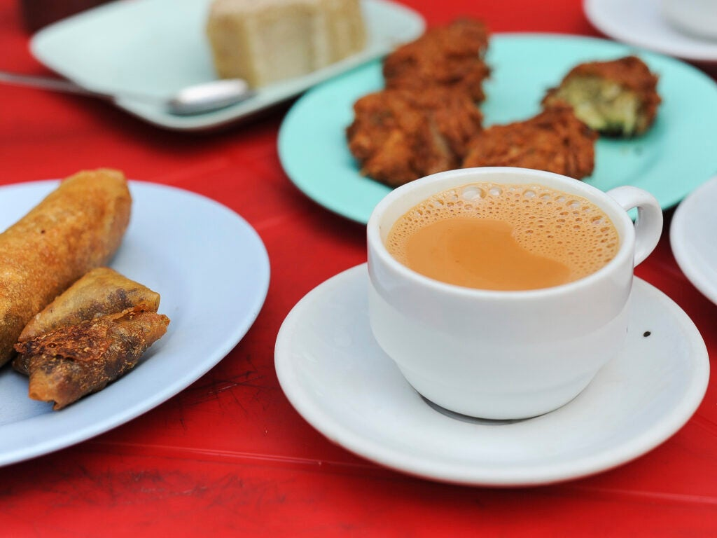 Burmese street food Tea and fried snacks