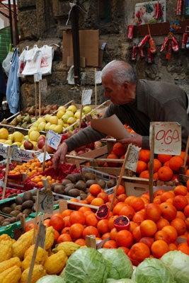 httpswww.saveur.comsitessaveur.comfilesimport2011images2011-027-SV136_-_Sicily_-_04.jpg