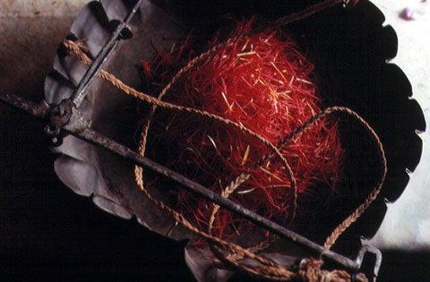 httpswww.saveur.comsitessaveur.comfilesimport2007images2007-1206_buying-saffron_14.jpg