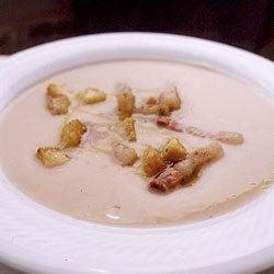 Puréed White Bean Soup