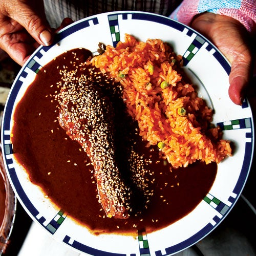 Chicken with Puebla-Style Mole Sauce (Pollo en Mole Poblana)