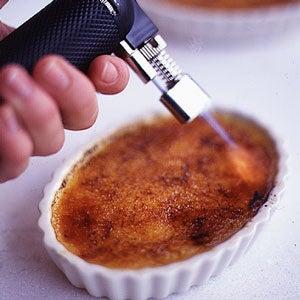 How to Caramelize Crème Brûlée