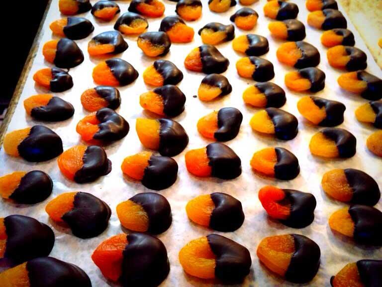 chocolate apricots