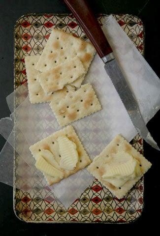 httpswww.saveur.comsitessaveur.comfilesimport2008images2008-02634-109_butter_pairing_-cracker_480.jpg