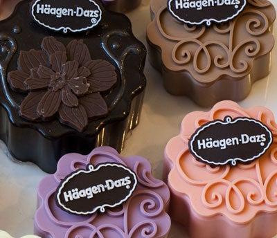 Haagen Dazs' chocolate-covered ice cream mooncakes