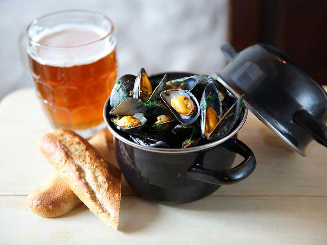 Small Towns, Great Seafood: Where to Feast on Mussels Along England's Norfolk Coast