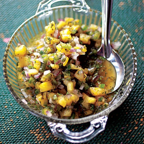 Fresh Pineapple Salsa (Salsa de Piña)