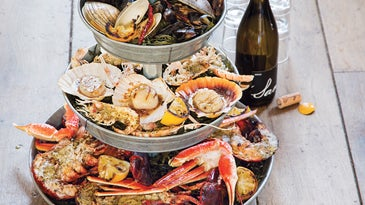 Seafood Tower, Grilling