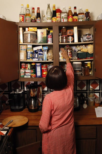 httpswww.saveur.comsitessaveur.comfilesimport2011images2011-087-Madhur_Jaffrey-Kitchen-3.jpg