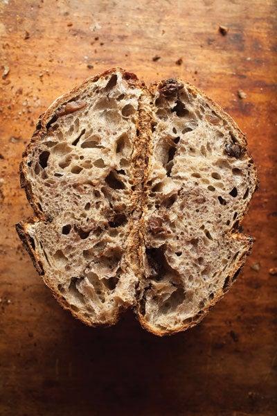 httpswww.saveur.comsitessaveur.comfilesimport2012images2012-047-SAV147-Loaves2-400×600.jpg