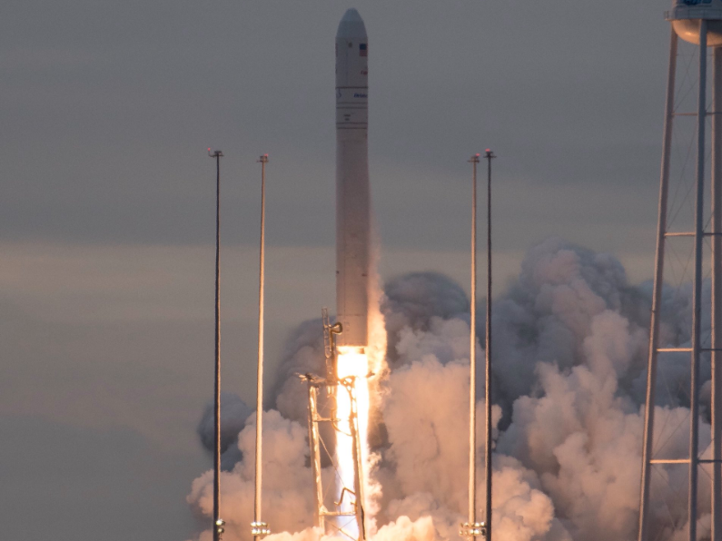 NASA Sent a Rocket Filled With E. Coli, Science Kits, and 7,400 Pounds of Groceries to Space