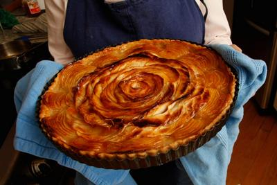 The Art of the Tart: How to Make a Beautiful Apple Tart