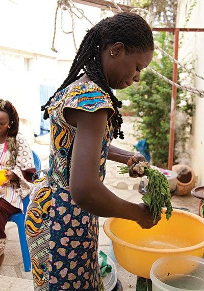 httpswww.saveur.comsitessaveur.comfilesimport2012images2012-047-SAV147-Senegal-4-400×572.jpg
