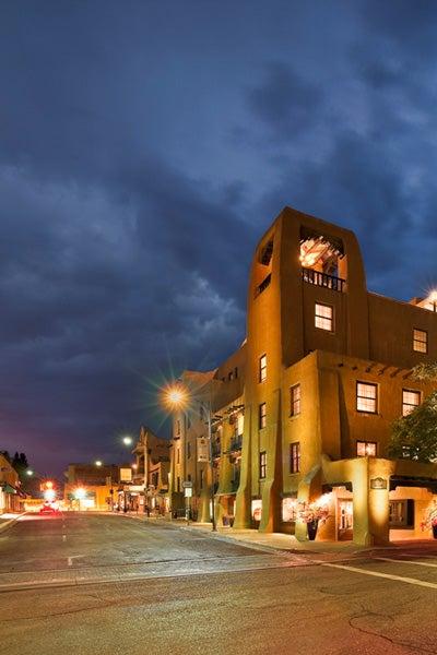 Travel Guide: Santa Fe