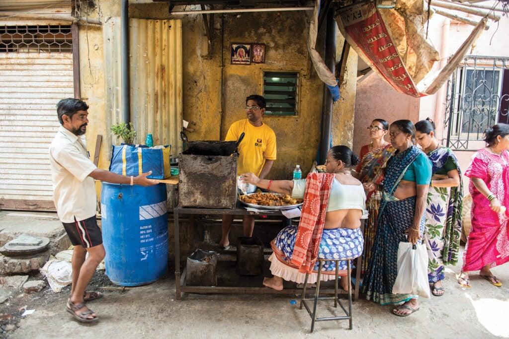 feature_west-india_mumbai_worli-village_meal_1200x800.jpg