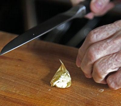 httpswww.saveur.comsitessaveur.comfilesimport2013images2010-01634-garlic-3-final_1.jpg