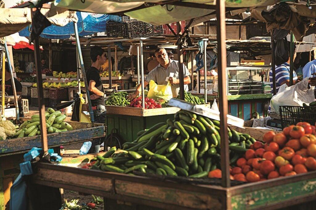 slideshow-scenes-from-palestine-produce-market-1200x800