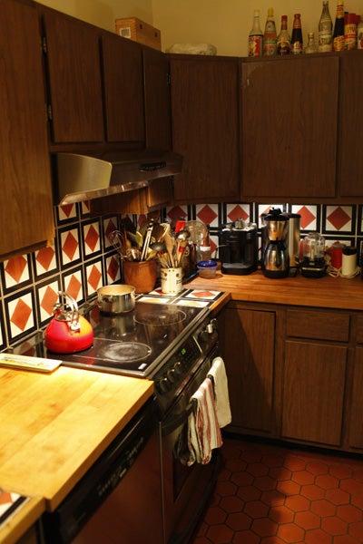 httpswww.saveur.comsitessaveur.comfilesimport2011images2011-087-Madhur_Jaffrey-Kitchen-2.jpg