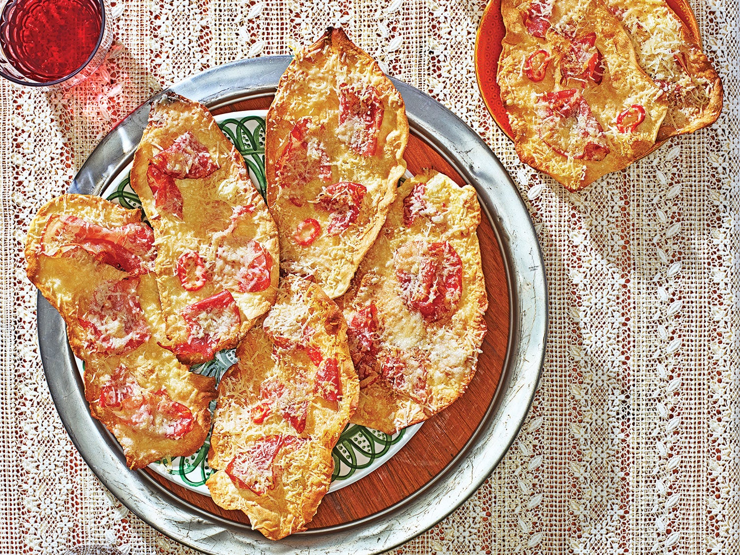 These Shatteringly Crisp Sardinian Flatbreads Are Music to Your Ears