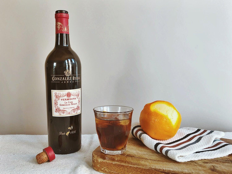 González Byass La Copa Vermouth on table with lemon