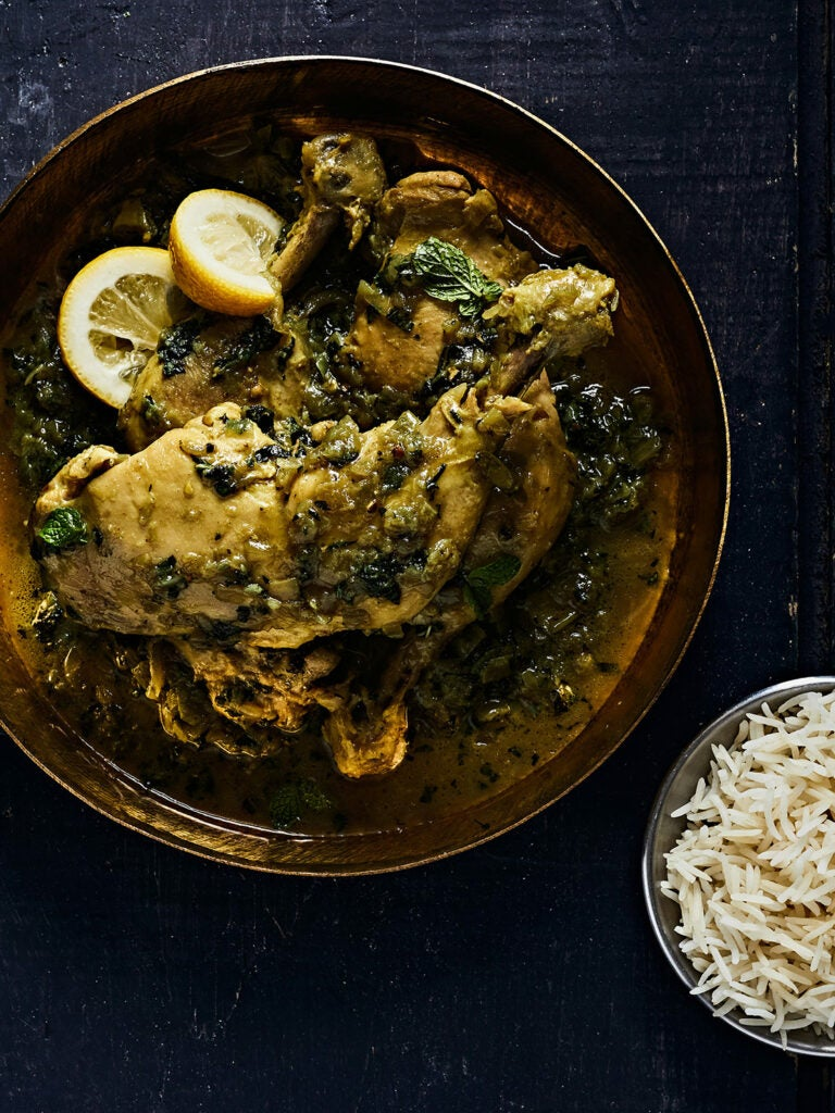 Indian Green Curry Chicken with Black Pepper