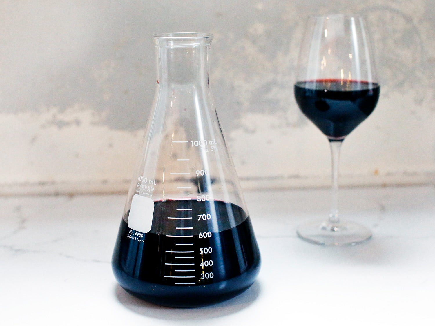 The Best Wine Decanter Is a Piece of Lab Equipment