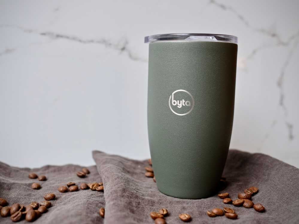 Our Guide to the Most Stylish and Functional Travel Mugs