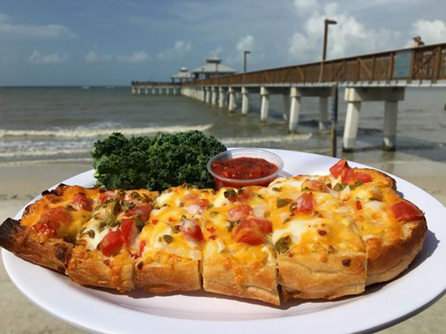 7 Delicious Local Dishes Worth the Trip to This Hidden Gem in Florida