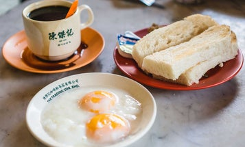 How Chinese-Influenced Coffee Shops Became the Go-To Breakfast Spots of Malaysia