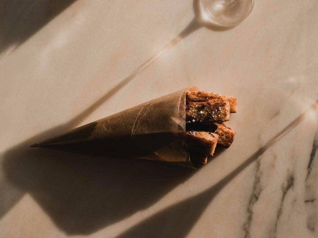 Panisse in paper cone.