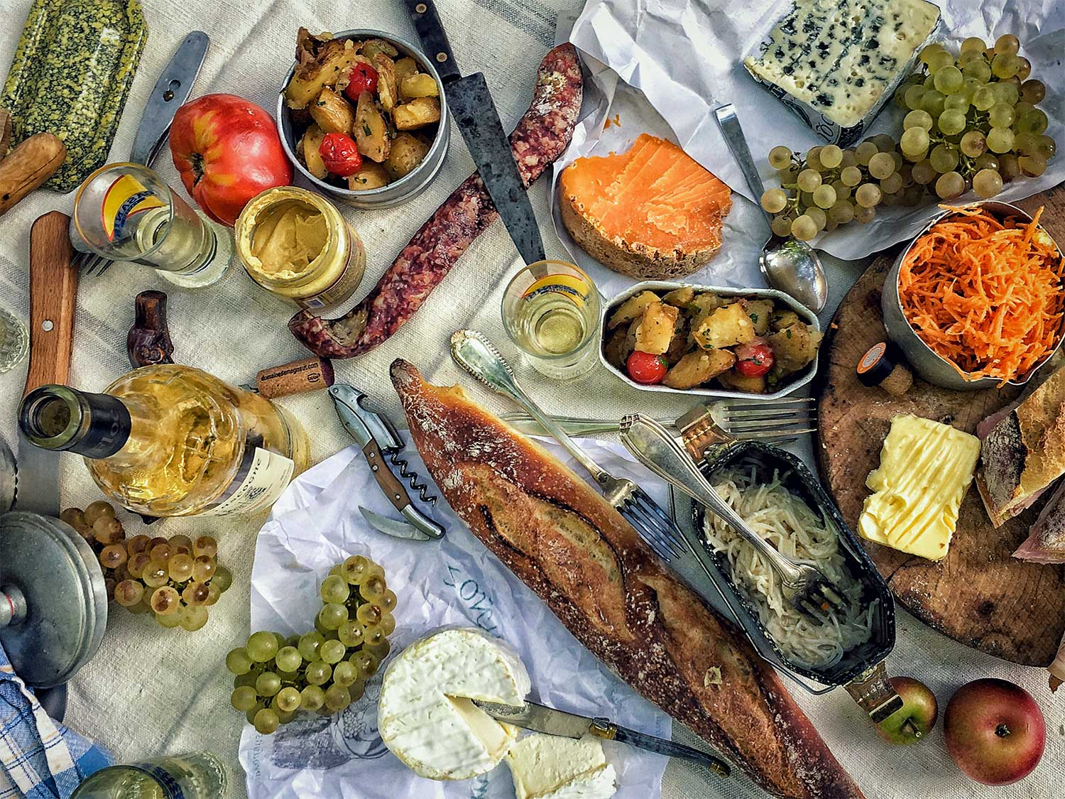 How to Picnic Like the French