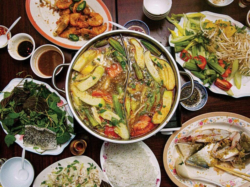 A hot pot at Hoàng Gia.