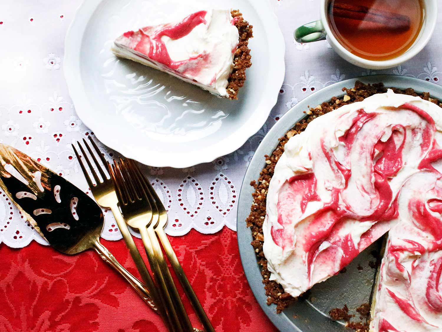 Cranberry-Lime Pie with Gingersnap Crust