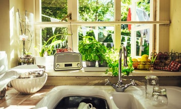 The Best AM/FM Radios for Your Kitchen