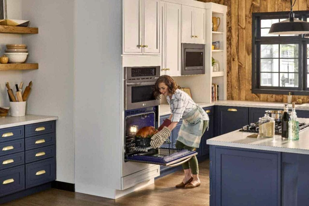 A smart and seek combination double wall oven may be your secret weapon for the holidays.