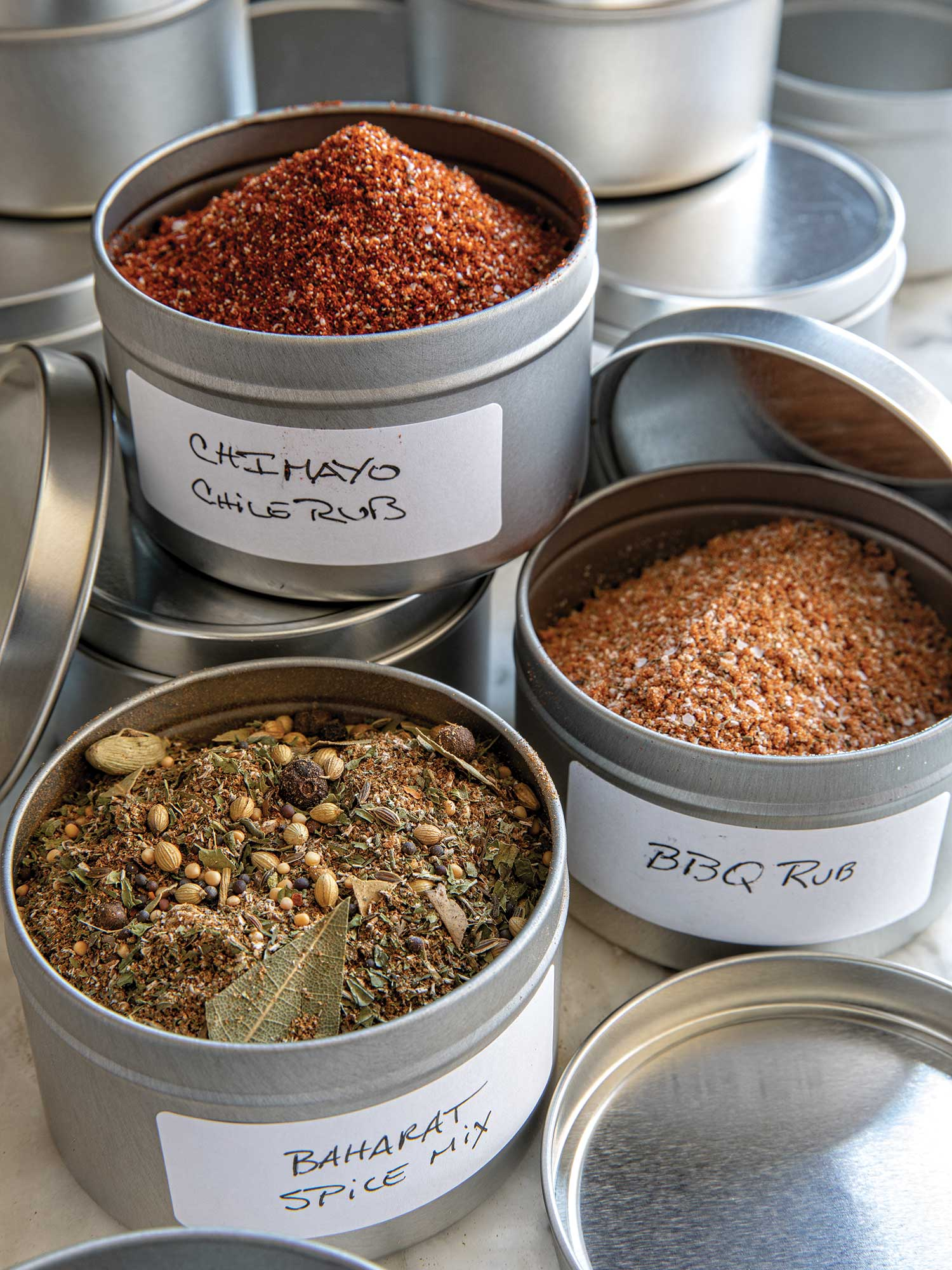 Each of these rub recipes yield enough to fill one 6-ounce tin ($30.72 for 24; papermart.com). Add a 1-inch-by-11⁄2-inch label ($16.80 for 100; papermart. com) and you're all set.