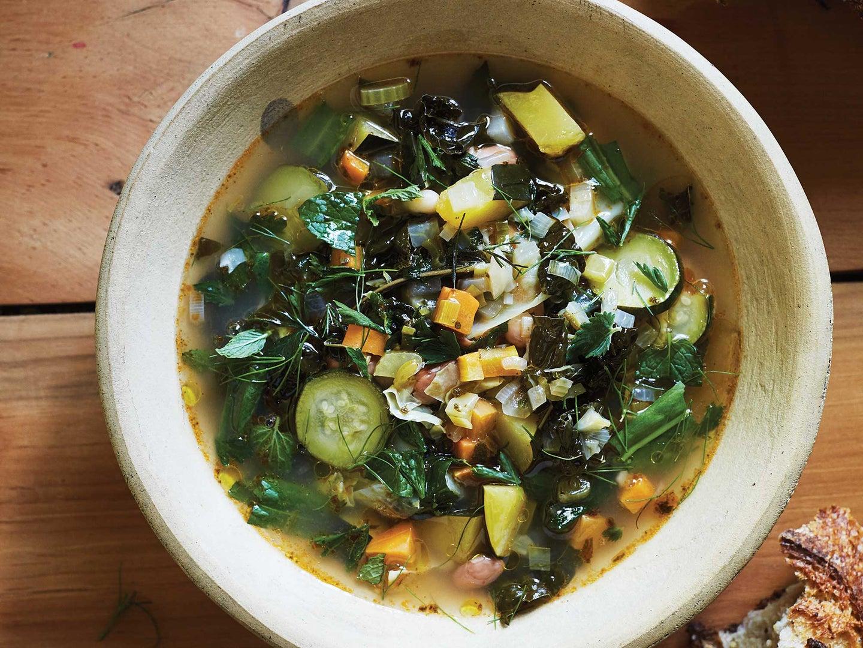Italian Bean and Vegetable Soup (Zuppa alla Frantoiana)