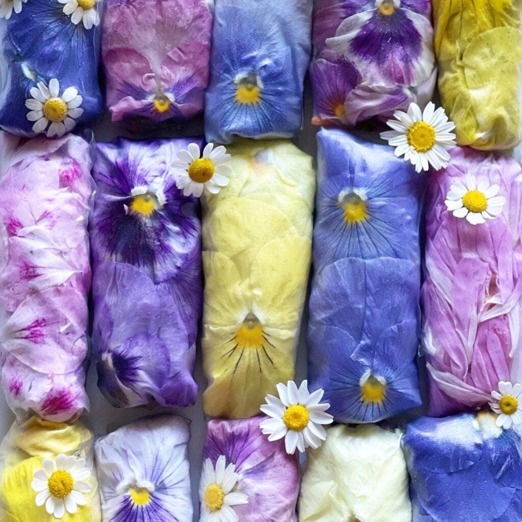 Loria Stern's Floral Kitchen