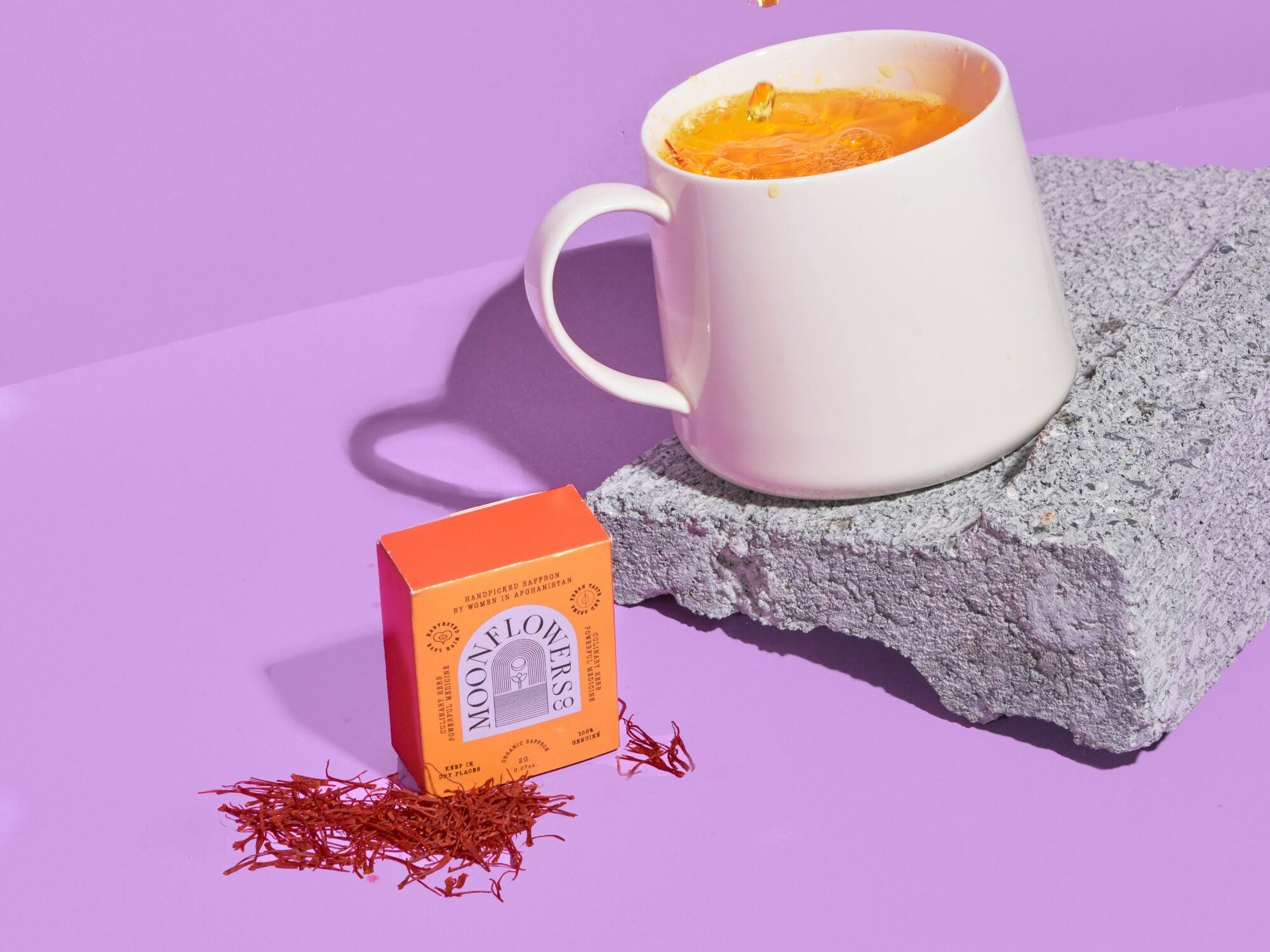 Saffron Tea made by flowers from Moonflower
