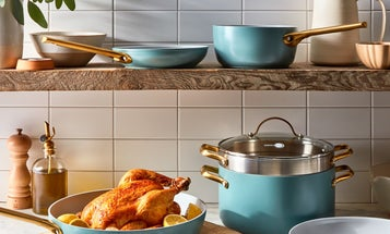 Scrambled Eggs and Risotto Are No Match for the Best Nonstick Cookware