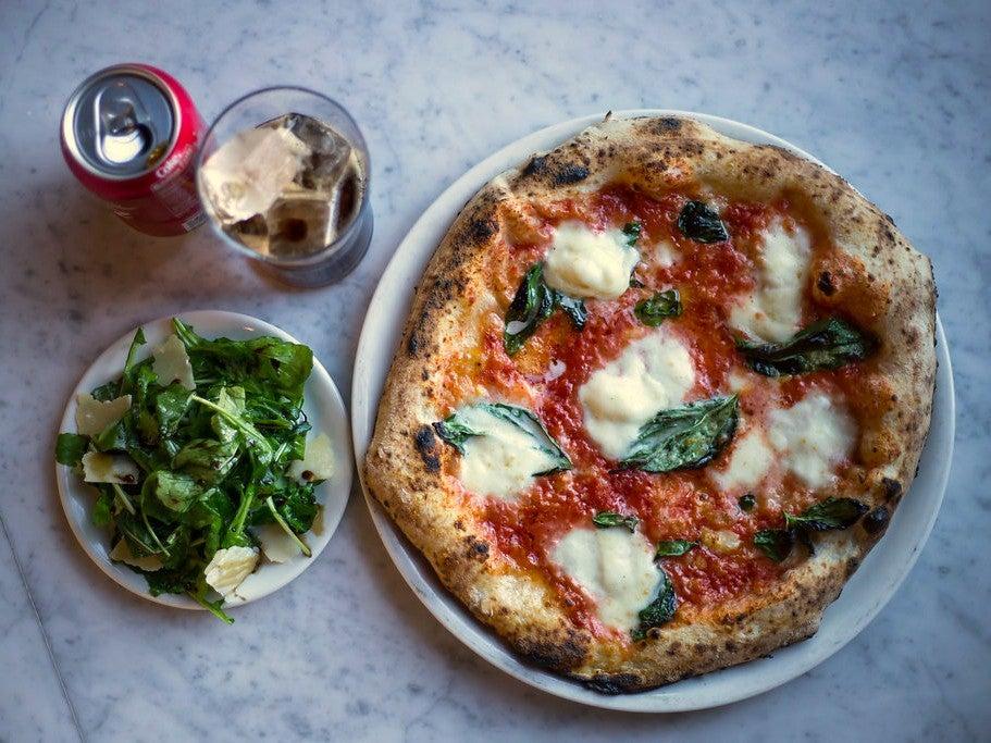 Pizzaria Local Margherita