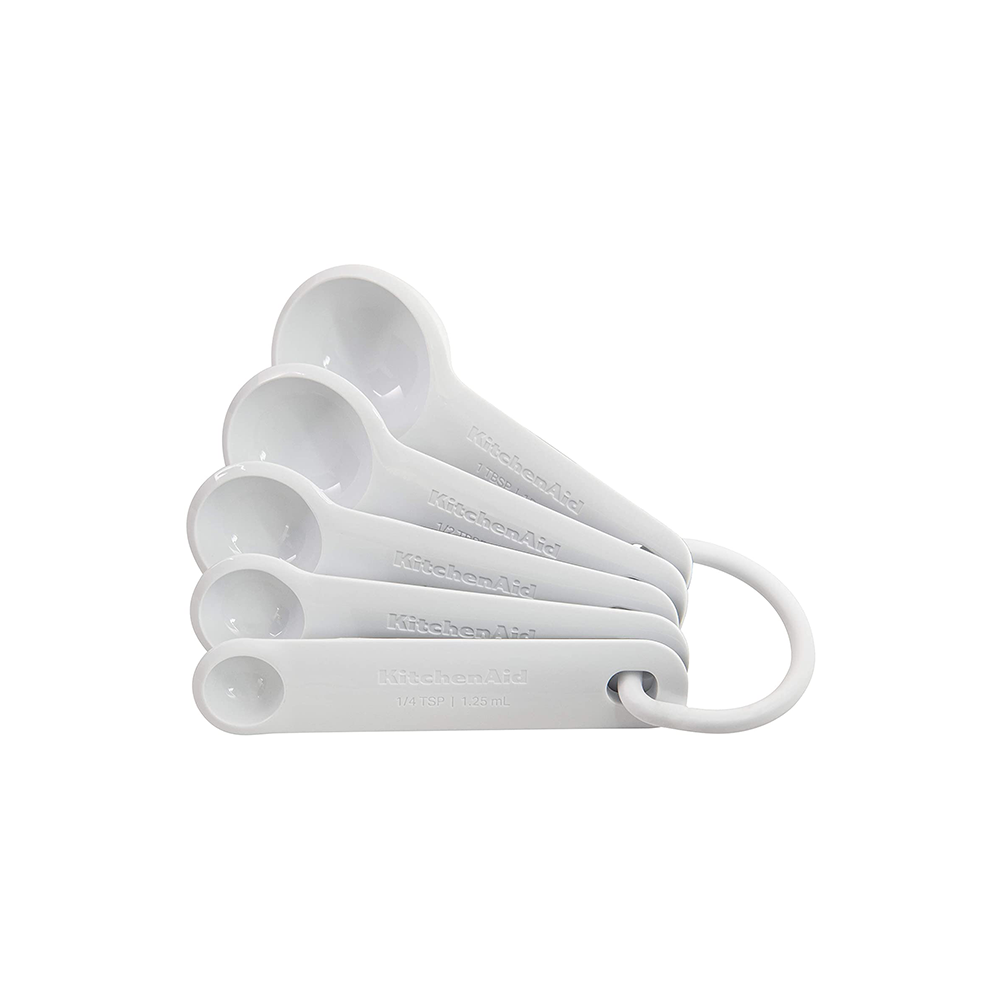 White Plastic Measuring Spoons