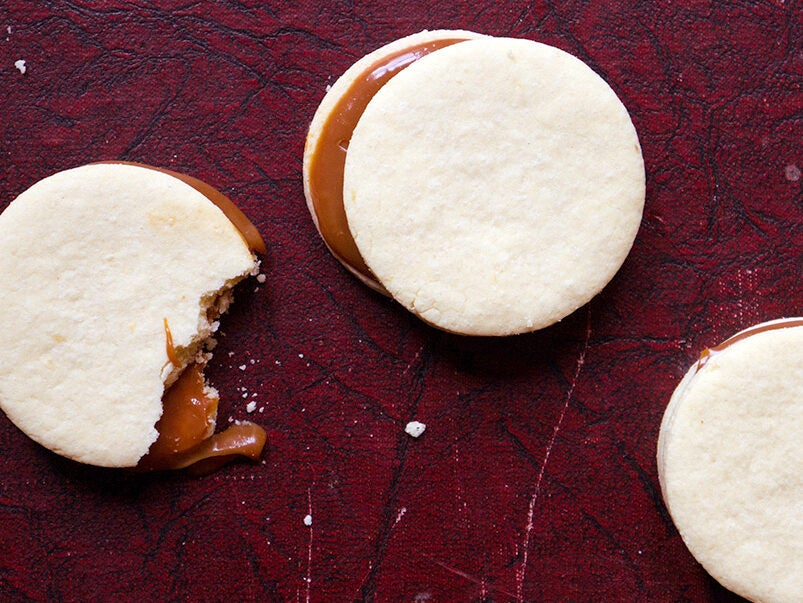Duche de Leche Cookie Sandwiches (Alfajores)